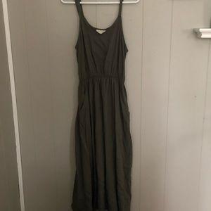 Green Midi sleeveless dress